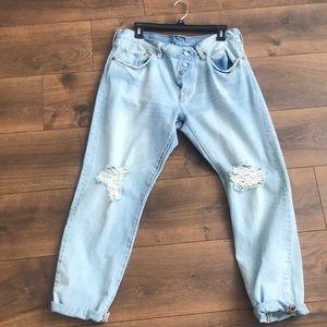 Boyfriend Levis jeans  distressed light blue